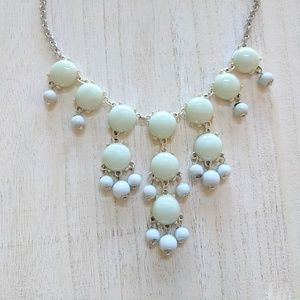 Jewelry - Mint and Silver Costume Necklace